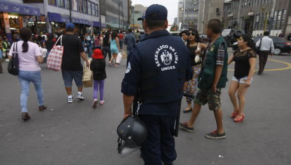 Permanente control. Serenos vigilarán la zona comercial. (Roberto Cáceres)