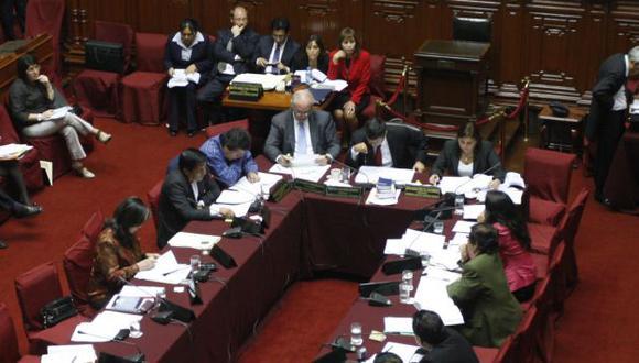 En lista de espera. En Constitución se dictaminará el proyecto. (Perú21)