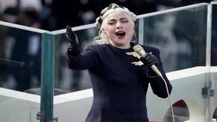 Elecciones USA: Lady Gaga se luce entonando himno de Estados Unidos