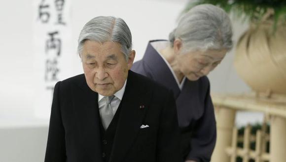 """Emperador Akihito expresó """"profundo arrepentimiento"""" por papel de su país en la guerra. (EFE)"""