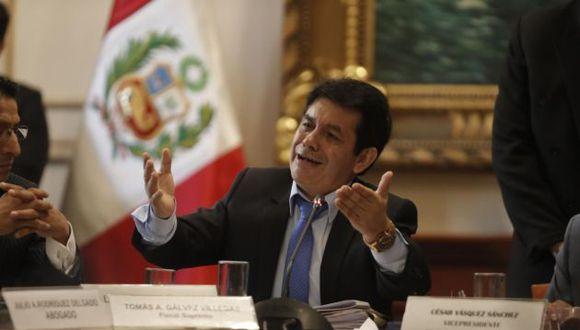 Gálvez indica que el Pablo Sánchez habría incurrido en infracción de diversos artículos de la Constitución. (Foto: Renzo Salazar/ GEC)