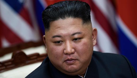 Un funcionario estadounidense con conocimiento directo reportó a CNN que el dictador norcoreano se encontraría en mal estado tras someterse a una cirugía y Estados Unidos estaría monitoreando la situación. (Foto: AFP / Brendan Smialowski).