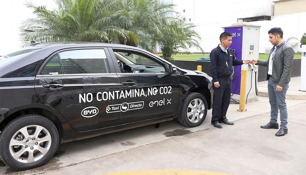 En una alianza, las empresas Enel X, BYD y Taxi Director pusieron en marcha un plan piloto de taxis eléctricos en Lima y Callao. (Foto: GEC)<br>