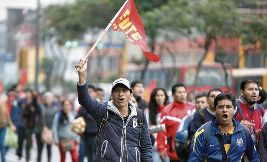 Escolares en riesgo de perder el año por huelga de sector docente (USI)