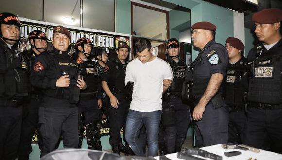 Al acecho. Luis Donaire, 'Pato Ciego', presunto sicario de la banda Barrio King, protagonizó una balacera tras burlar su arresto domiciliario. (USI)