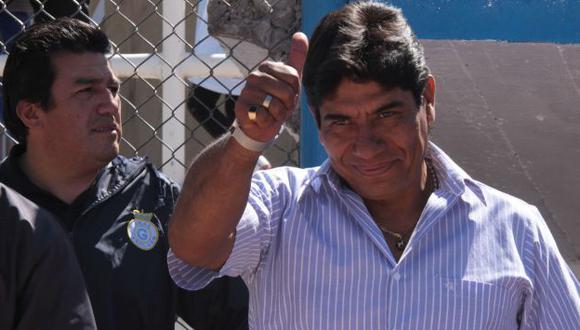 Freddy García se dio un baño de popularidad en Espinar. (USI)