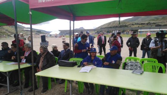 RPP Televisión indicó que una de las mesas instaladas recogerá las denuncias de comuneros que han sido procesados durante los conflictos mineros ocurridos desde el 2015. (Foto: Defensoría)