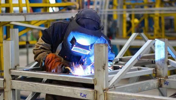 El crecimiento de la producción manufacturera responde a que, pese a la pandemia, los sectores productivos de los bienes esenciales nunca pararon. (Foto: Produce)