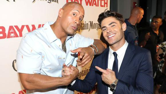Zac Efron admitió que le encantaría hacer una escena de amor con… ¡Dwayne La Roca Johnson! (Getty Images)