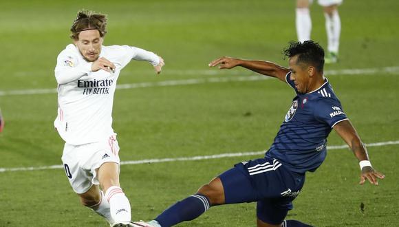 Renato Tapia jugó 90 minutos ante Real Madrid por LaLiga. (Fuente: Agencias)