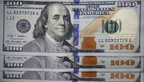 Según un análisis de JP Morgan, el dólar en estos momentos debería costar S/3.65 y no estar rozando los S/4. (photo.gec)