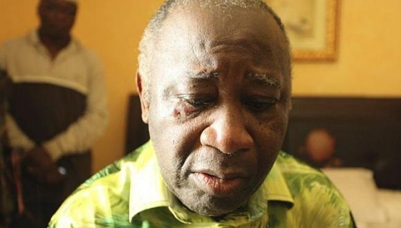 Laurent Gbagbo fue detenido en abril pasado luego de aferrarse al poner tras victoria de opositor. (Reuters)