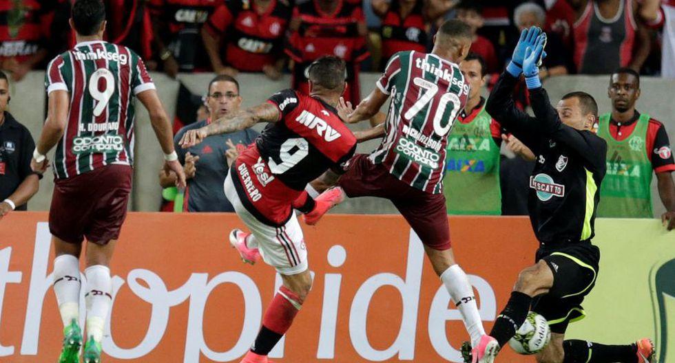 Flamengo celebró su primer título del año tras la victoria sobre Fluminense en la final del Torneo Carioca 2017. (REUTERS)