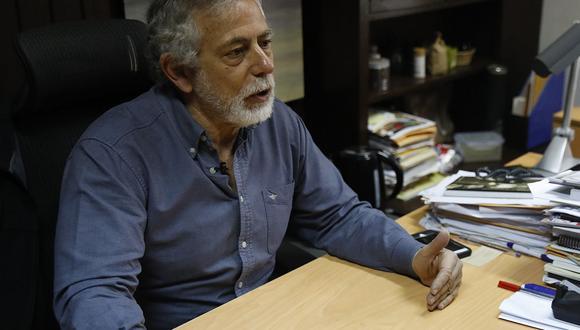 Gustavo Gorriti fue uno de los periodistas que firmó el reportaje que revela coordinaciones de Odebrecht para pagar US$100 mil a favor de Alan García. (Foto: USI)