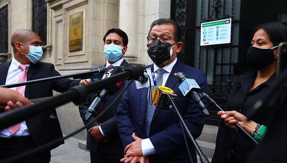 Salhuana refirió que el acuerdo de la mesa directiva fue no pagar de manera generalizada los gastos de instalación, sino que lo solicitara expresamente el parlamentario que lo considerara pertinente. Dos legisladores de APP electos por Lima lo solicitaron. (Foto: GEC)