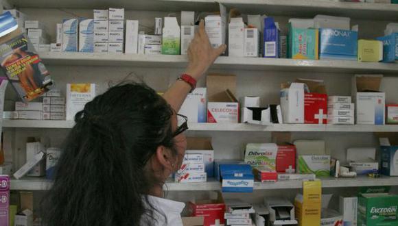 MAYOR COSTO. Barreras retrasan el acceso de usuarios a bienes. (Perú21)
