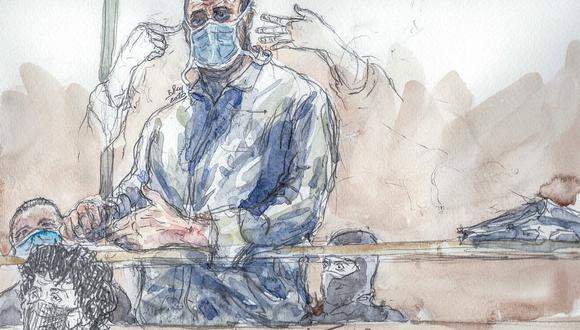 Este boceto de la corte, creado el 26 de octubre de 2020, muestra a Ali Riza Polat, quien se cree que fue la mano derecha de Amedy Coulibaly, en los atentados de París de 2015. (Benoit PEYRUCQ / AFP)