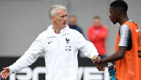 Deschamps aconsejó a Dembelé que tome su trabajo con profesionalismo. (Foto: AFP)