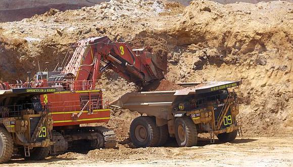 La caída del sector minería e hidrocarburos en julio respondió a la menor producción de metales, petróleo y gas natural. (Foto: El Comercio)