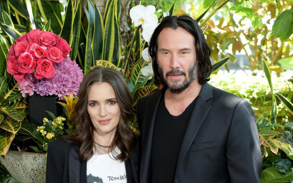"""Keanu Reeves y Winona Ryder realizaron una escena de matrimonio cuando interpretaban a una pareja en la película """"Drácula"""" de 1992.(Foto: AFP)"""