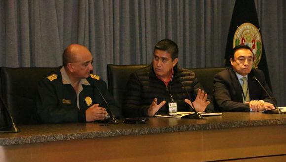 El alcalde de La Victoria, Harry Castro, y el director de la Policía Nacional del Perú, Richard Zubiate, tuvieron una reunión para coordinar acciones sobre la seguridad en el distrito. (Difusión)