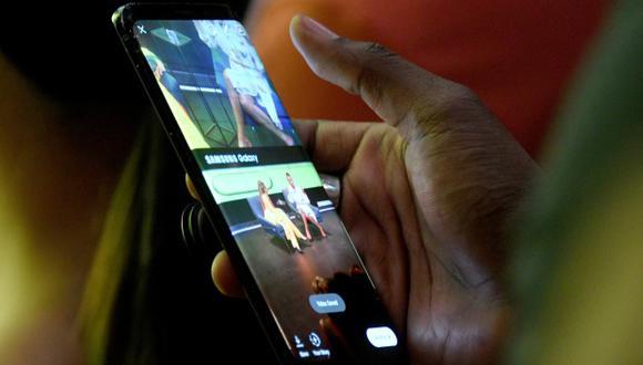 Samsung suele hacer los lanzamientos de sus productos en eventos privados, pero esta vez aprovechará el Mobile World Congress para presentar su nuevo smartphone plegable. (Foto: AFP)