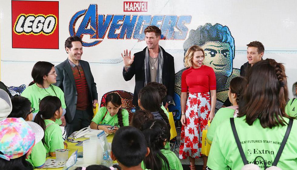 Protagonistas de Avengers Endgame sorprendieron a todos al llegar a Disneylandia. (Foto: AFP)