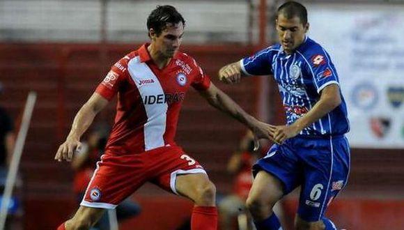Argentinos Juniors con 'Zlatan' Fernández y Gambetta ganó 2-0 a Godoy Cruz. (ole.com.ar)