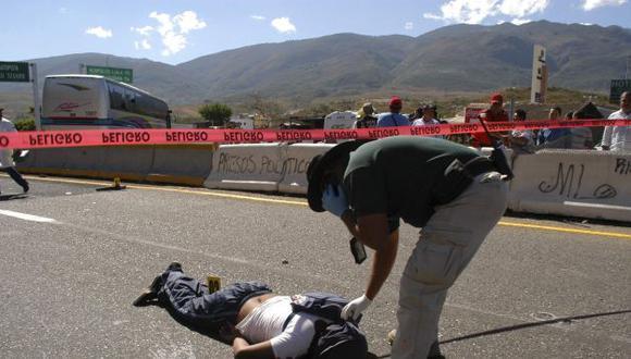 Casi 52 mil personas han sido asesinadas durante los cinco años de gobierno de Calderón. (Reuters)