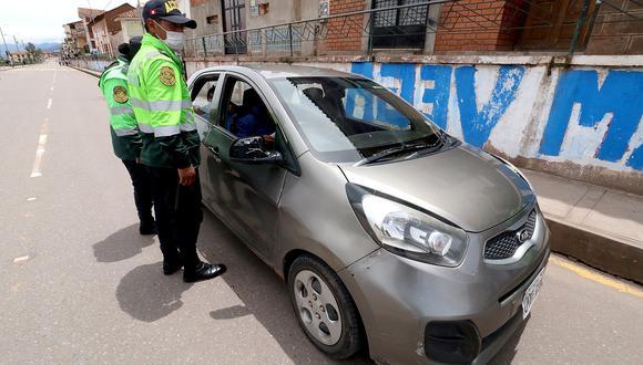 Cusco: Taxistas recolectan víveres para colegas más afectados en cuarentena por COVID-19. (Foto referencial)