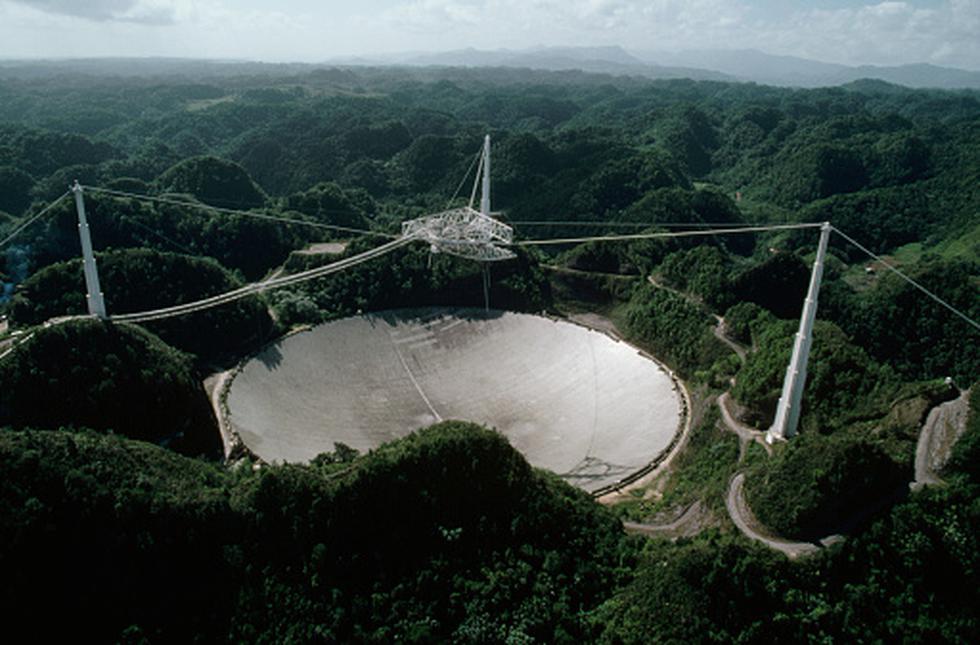 Adiós radiotelescopio de Arecibo y gracias por tanto. (Getty)