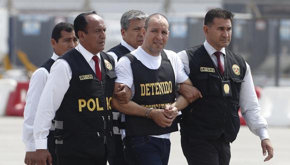 Tras las rejas. Adolfo Bazán cayó con tres pasaportes. Uno de los casos de ataque sexual ocurrió en un estacionamiento en Surquillo. (GEC/César Grados)