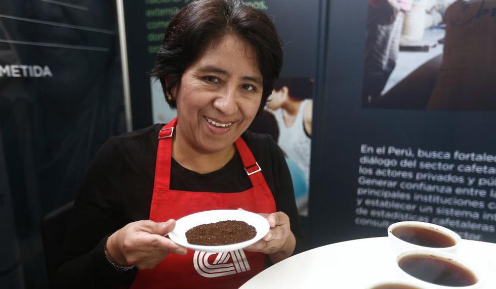 Lourdes Córdova Moya, la maestra del café. (Geraldo Caso/Perú21)