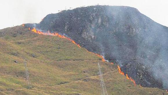 Topografía del terreno habría permitido que el fuego se propague rápidamente. (Sernanp)