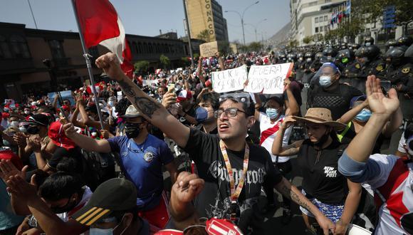 Organizaciones de derechos humanos denuncian penalmente a Manuel Merino y Antero Flores Araoz tras muerte de dos jóvenes durante las marchas. (Foto GEC)