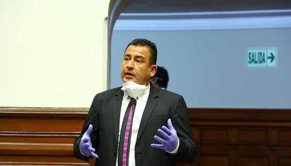 Pérez Mimbela ofreció disculpas públicas al mandatario casi un mes después de haberlo agraviado. (Foto: Facebook del legislador Pérez Mimbela)