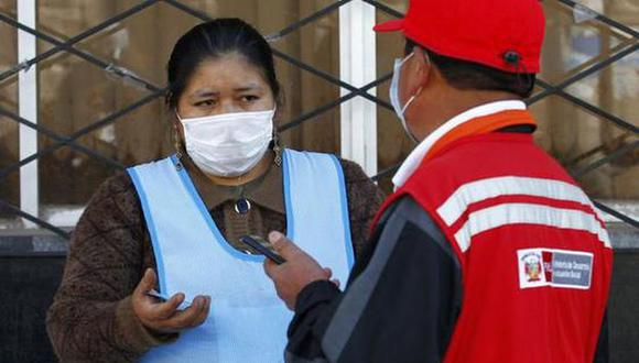 Solamente por los canales oficiales que habilitó el Gobierno podrás averiguar si eres beneficiario del Bono 600. (Foto: MIDIS / Andina)