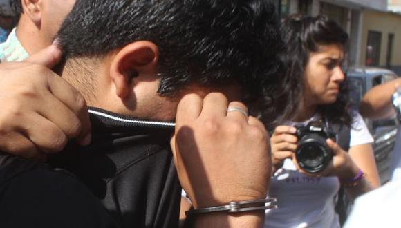 Joven agente fue capturado. (Nadia Quinteros)