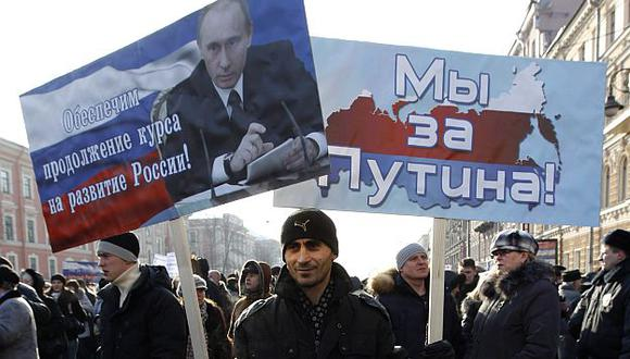 En San Petersburgo, ciudad natal de Putin, se congregaron unas 10,000 personas. (Reuters)
