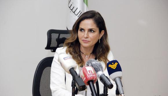 Manal Abdel Samad, anunció su dimisión, la primera de un miembro del gobierno después de la devastadora explosión en el puerto de Beirut. (AFP).