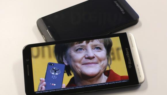 Merkel, víctima de los espías. (Reuters)