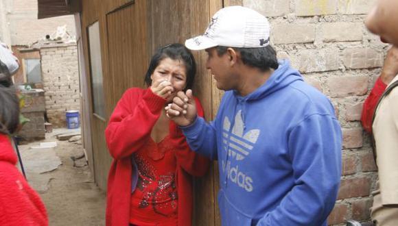 DESCONSOLADA. Madre de los menores entró en estado de shock al encontrar los cuerpos. (Félix Farronay/USI)