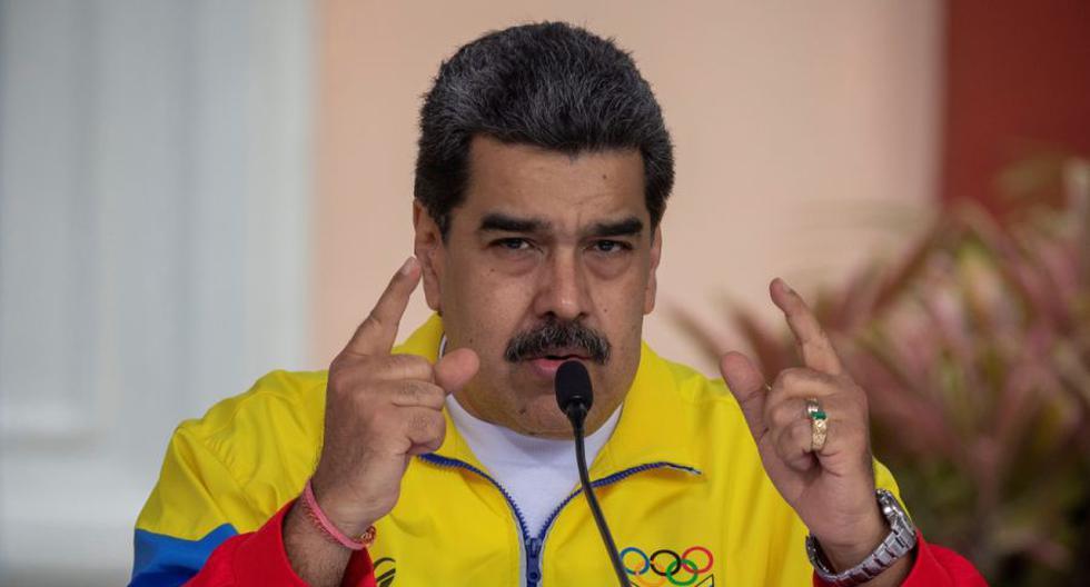 El presidente de Venezuela, Nicolás Maduro, habla durante un acto en el Palacio de Miraflores en Caracas (Venezuela). (EFE/Rayner Peña).