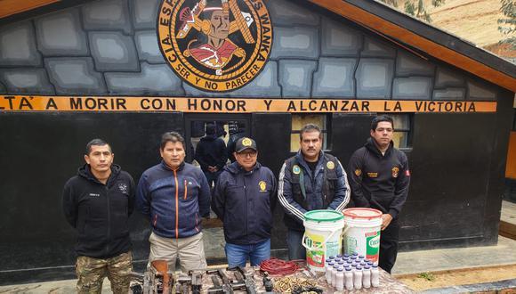 Agentes ubicaron arsenal en localidad de Huancavelica. (Fuerzas Armadas)