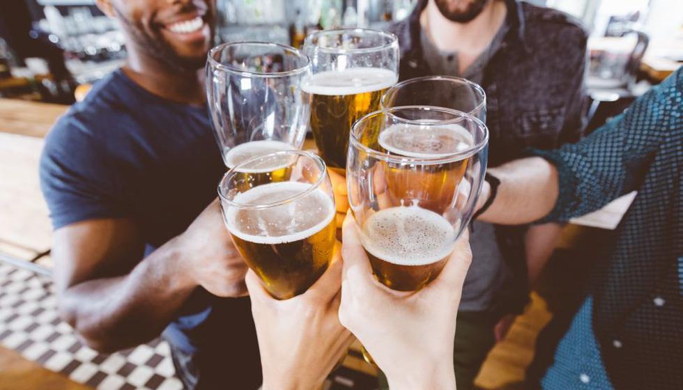Cerveza aumentaría su costo, explica investigación. (Getty Images)