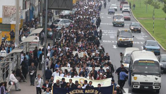 Rechazo unánime. Estudiantes aseguran que el proyecto de ley viola la autonomía universitaria. (Martín Pauca)