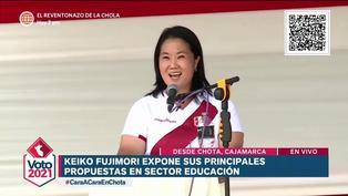 """Keiko Fujimori: """"Aspiramos que cada niño reciba una canasta tecnológica"""""""