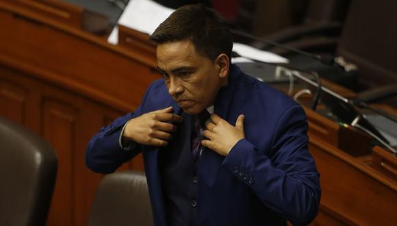 El congresista Roberto Vieira fue acusado por su primo hermano de pedirle el pago de 25 mil dólares para levantar una sanción pesquera. (Foto: GEC)