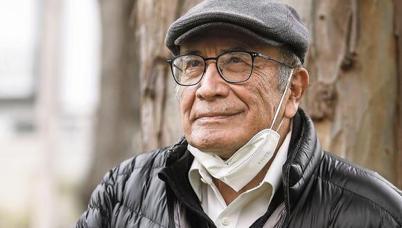 Eduardo González Viaña ha publicado el libro 'El largo camino de Castilla'. (FOTO: ALESSANDRO CURRARINO/EL COMERCIO).