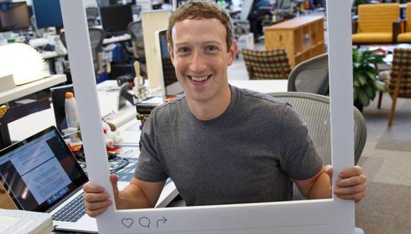 Mark Zuckerberg tapa su webcam con una cinta y tú deberías hacer lo mismo. (Facebook)